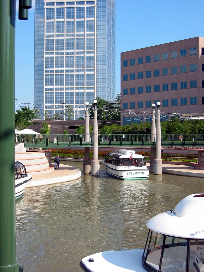 The Woodlands Waterway Square in Woodland, Texas